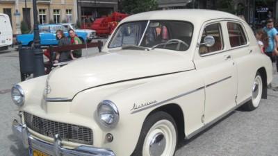 II wystawa starych pojazdów