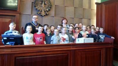 Trzecioklasiści z SP 3 odwiedzili Sąd Rejonowy w Wąbrzeźnie