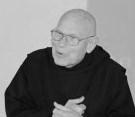 Ojciec Karol Meissner OSB (1927 - 2017). Zdjęcie zrobione w klasztorze w Lubiniu (burmistrz wraz z wąbrzeźnianami na pielgrzymce, 2 czerwca 2013 r.
