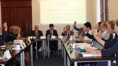 Wszyscy radni obecni na XXX Sesji Rady MIasta głosowali za udzieleniem absolutorium burmistrzowi Leszkowi Kawskiemu