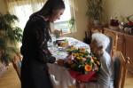 Burmistrz złożył życzenia najstarszej wąbrzeźniance. Władysława Bugała 11 marca 2018 roku obchodziła 102 urodziny2