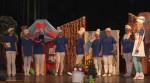 Spektakl- Przygody smerfów-w wykonaniu rodziców i nauczycieli 01