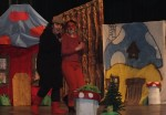 Spektakl- Przygody smerfów-w wykonaniu rodziców i nauczycieli 03