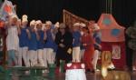 Spektakl- Przygody smerfów-w wykonaniu rodziców i nauczycieli 08