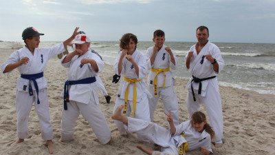 Grupa wąbrzeskich karateków na obozie sportowym w Ostrowie - lipiec 2018 r. Wyjazd dofinansowany przez budżet miasta (6)
