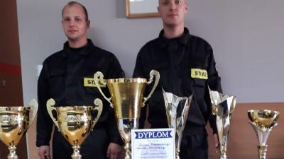Mateusz Świniarski i Lucjan Nowosielski zdobyli pierwsze miejsce na zlocie ratowników drogowych