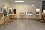 Wystawa prac Justyny Zarębskiej w wabrzeskiej bibliotece (1)